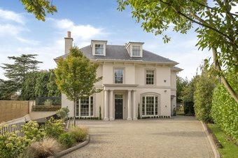 6 Bedroom house For Sale, 11a Eaton Park, Cobham, KT11