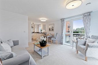 2 Bedroom apartment For Sale, 18 High Street, Cobham, KT11