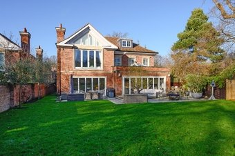 6 Bedroom house Sale Agreed, 2 Coppice Avenue, Cobham, KT11