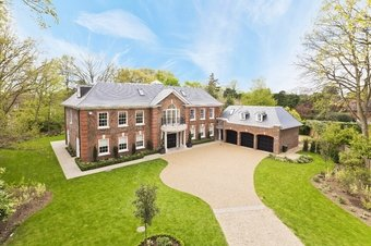 7 Bedroom house For Sale, 25 Oxshott Rise, Cobham, KT11