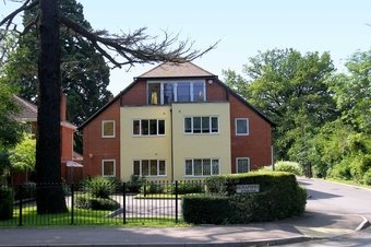 3 Bedroom apartment Sale Agreed, 30 Stoke Road, Cobham, KT11