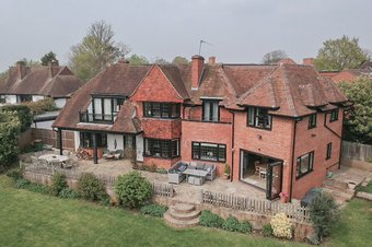 5 Bedroom house Under Offer, 4 Fitzalan Road, Claygate, KT10