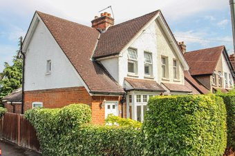 2 Bedroom house Sold, Aston Road, Claygate, KT10
