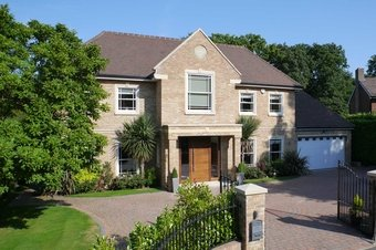 6 Bedroom house Sale Agreed, Benfleet Close, KT11