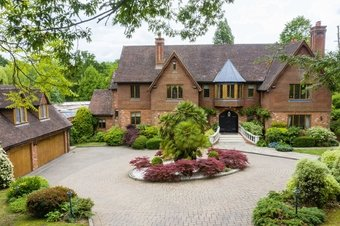 8 Bedroom house Sale Agreed, Birds Hill Drive, Oxshott, KT22
