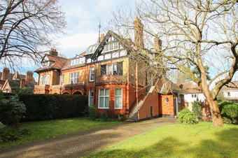 1 Bedroom apartment Sold, Ditton Road, Surbiton, KT6