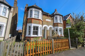 1 Bedroom apartment Sold, Douglas Road, Surbiton, KT6
