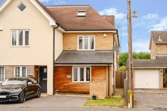 3 Bedroom house Sale Agreed, Elm Grove Road, Cobham, KT11