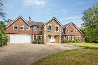 6 Bedroom house For Sale, Fairmile Lane, Cobham, KT11