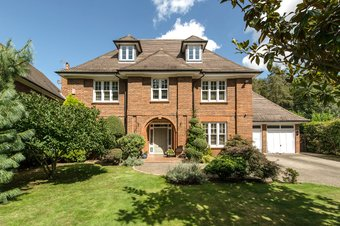 6 Bedroom house Sold, Fox Wood, Walton on Thames, KT12