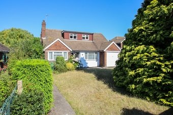 4 Bedroom bungalow Sale Agreed, Lower Wood Road, Claygate, KT10