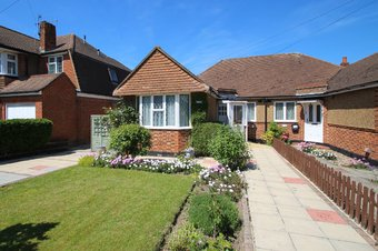 2 Bedroom bungalow Sold, Manor Road North, Thames Ditton, KT7