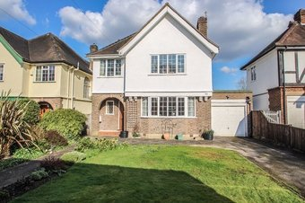 4 Bedroom house Sale Agreed, Oaken Lane, Claygate, KT10
