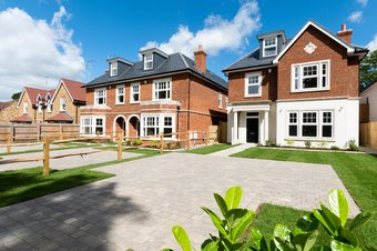 5 Bedroom house For Sale, Oakshade Road, Oxshott, KT22