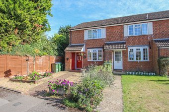 3 Bedroom house Sale Agreed, Rushett Close, Thames Ditton, KT7