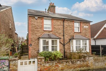 3 Bedroom house Sale Agreed, Spencer Road, Cobham, KT11