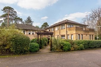 2 Bedroom apartment Sale Agreed, The Gables, Oxshott, KT22