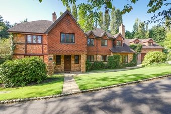 6 Bedroom house To Let, 1 Highfield Close, Oxshott, KT22