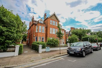 2 Bedroom apartment Let Agreed, 19 Holmbush Road, South London, SW15