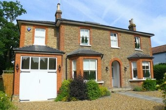 5 Bedroom house Let Agreed, 42 West End Lane, Esher, KT10
