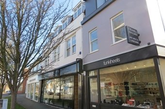1 Bedroom apartment To Let, 91 High Street, KT10