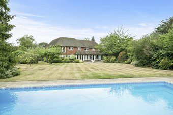 5 Bedroom house Let Agreed, Broad Highway, Cobham, KT11