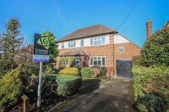 4 Bedroom house Let Agreed, Claygate Lane, Hinchley Wood, KT10