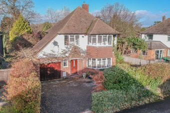 3 Bedroom house Let Agreed, Derwent Close, Claygate, KT10