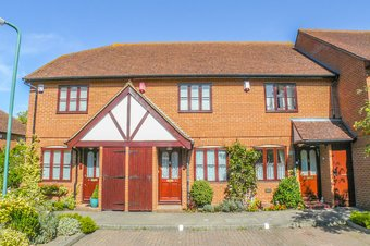 2 Bedroom house Let Agreed, Foley Mews, Claygate, KT10