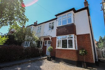 5 Bedroom house Let Agreed, Hare Lane, Claygate, KT10