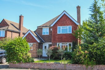 4 Bedroom house Let Agreed, Harefield, Hinchley Wood, KT10