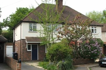 3 Bedroom house Let Agreed, Harelands Close, Woking, GU21