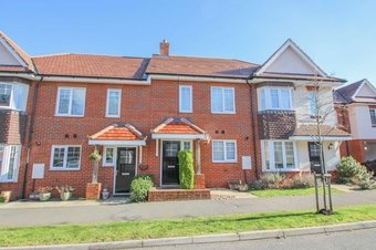 3 Bedroom house Let Agreed, Hengest Avenue, Hinchley Wood, KT10