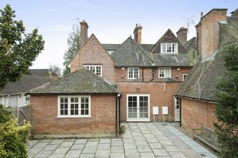 4 Bedroom house To Let, Leigh Hill Road, Cobham, KT11