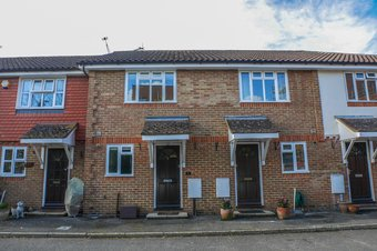 Property Results to let 9 Grosvenor Billinghurst