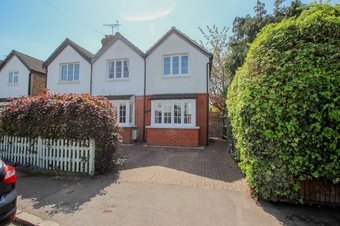 3 Bedroom house Let Agreed, Norfolk Road, Claygate, KT10