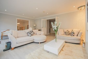 2 Bedroom apartment Let Agreed, Oakshade Road, Oxshott, KT22