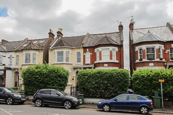 3 Bedroom apartment Let Agreed, Portsmouth Road, Thames Ditton, KT7