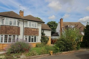 3 Bedroom house Let Agreed, Severn Drive, Hinchley Wood, KT10