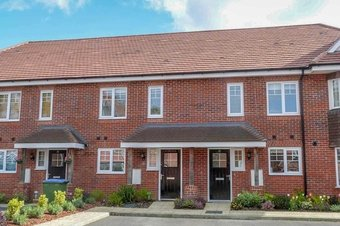 3 Bedroom house Let Agreed, Soprano Way, KT10