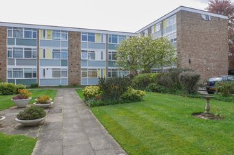 2 Bedroom Duplex Let Agreed, South View Court, Woking, GU22