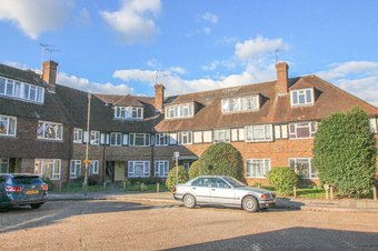 3 Bedroom apartment Let Agreed, Station Approach, Hinchley Wood, KT10