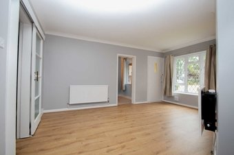 2 Bedroom apartment Let Agreed, Station Approach, Hinchley Wood, KT10