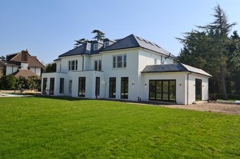 6 Bedroom house To Let, The Chase, Oxshott, KT22