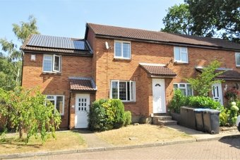 Property Results to let 10 Clover Court Grosvenor Billinghurst