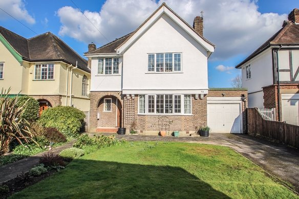 Similar Properties Oaken Lane, ClaygateGrosvenor Billinghurst