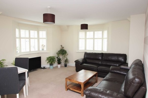 Similar Properties St. Andrews Court, Grosvenor Billinghurst