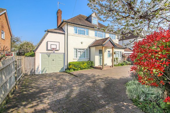 Similar Properties The Avenue, ClaygateGrosvenor Billinghurst