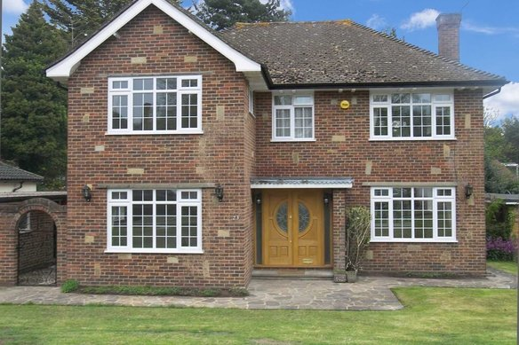 Similar Properties The Ridings, CobhamGrosvenor Billinghurst